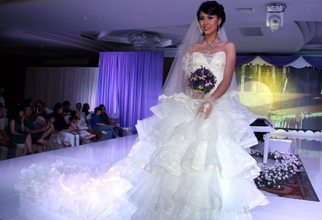 Bridal fever takes hold as City hosts 5th Windsor Wedding Fair