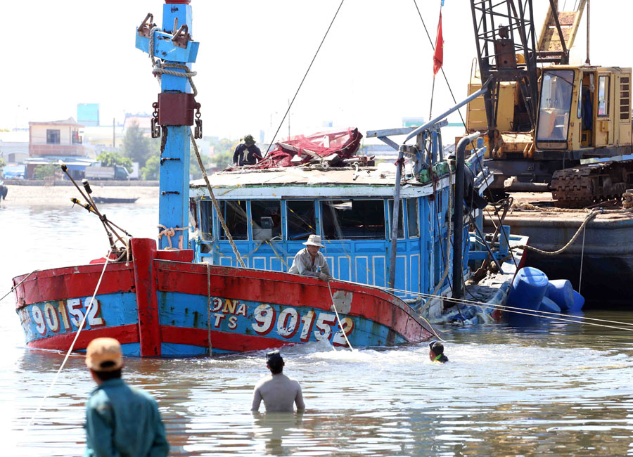 Trawler wreck salvaged Chinas actions slammed
