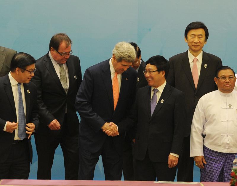 Viet Nam vows to help achieve ASEAN vision