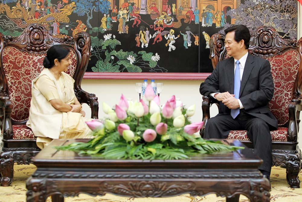 Leaders welcome Indian FM