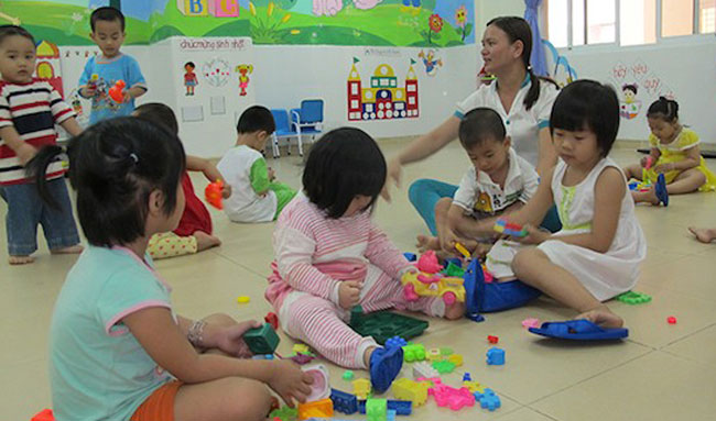 Parents ignore baby daycare programme