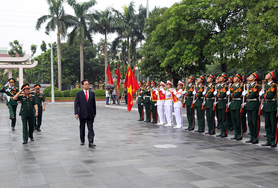 PM says Viet Nam must show strength