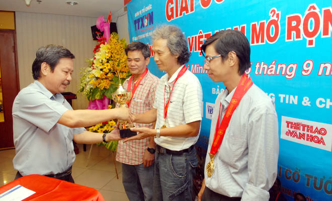 HTV masters win media Chinese chess tournament
