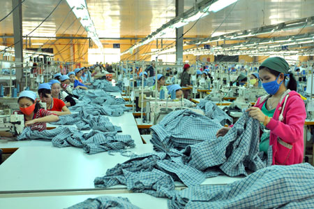 India seeks to focus on tourism textiles leather trade with VN