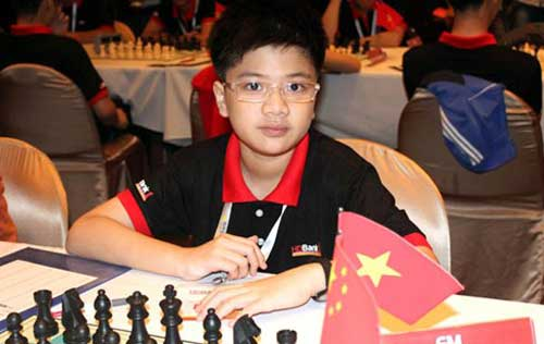 Khoi re-enters top 10 at Youth Chess Championships