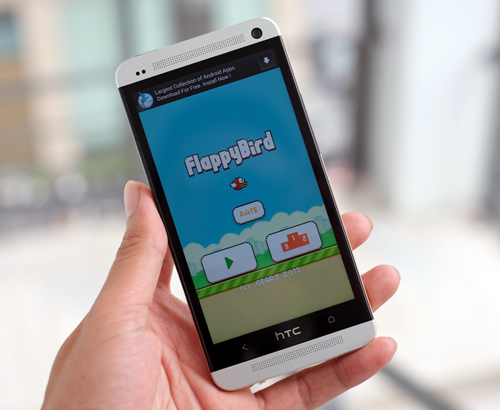 Flappy Bird flapping its wings on smartwatches