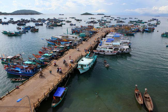 Phu Quoc to build intl port