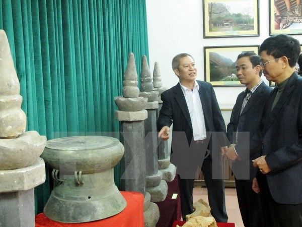 Ancient objects displayed at Ninh Binh museum