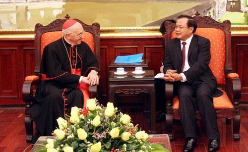 Ha Nois Party leader receives Vatican Cardinal