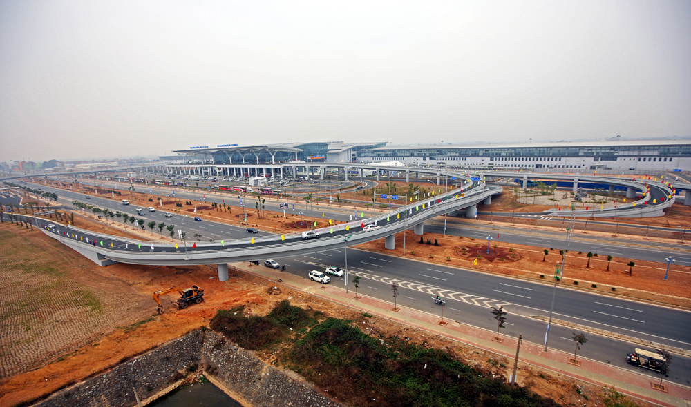 New airport terminal opens in Ha Noi