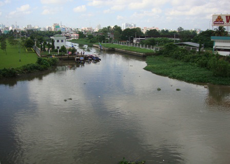 HCM City struggles to find funds to halt canal pollution