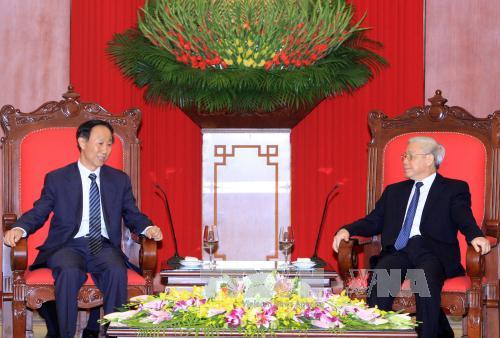 VN Party chief meets high-rank Chinese official
