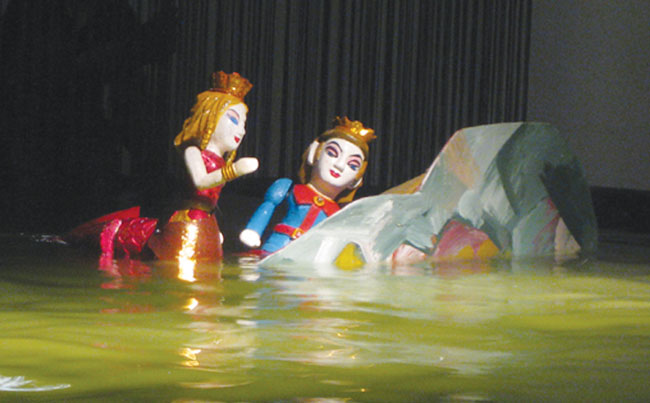 VN puppets take on popular tales
