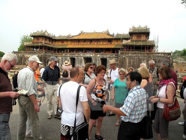 Number of foreign visitors to Viet Nam increases