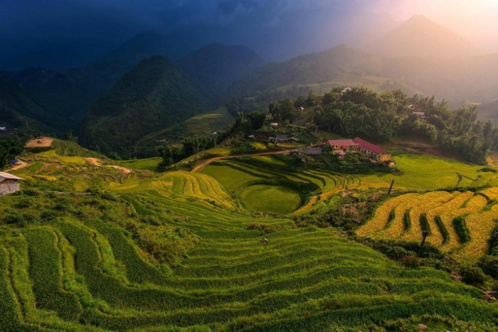 Lao Cai begins trial run of national park expeditions