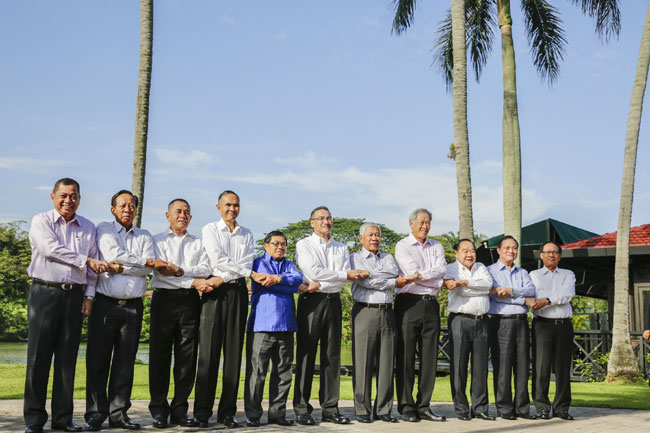 ASEAN defence ministers create secure crisis hotline