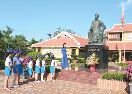 250 years later Nguyen Du still stirs debate