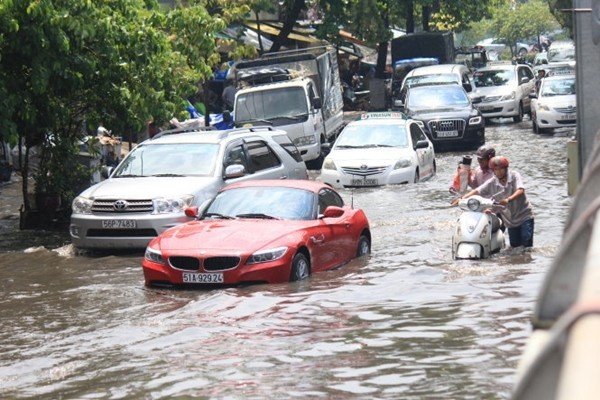 City looks for private anti-flood capital