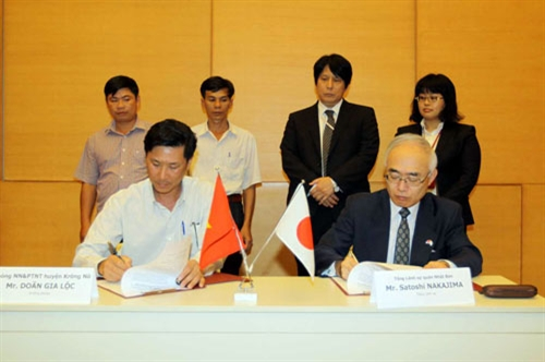 Japan funds six bridges and road