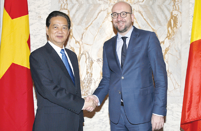 Vietnamese Belgian PMs concur on initiatives for stronger relations