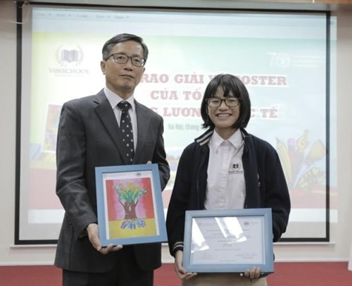 Vietnamese student wins second prize at international contest