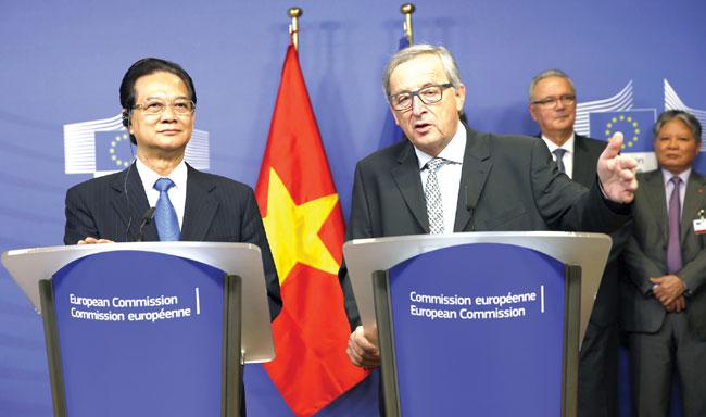 PM Dung holds meetings with European leaders Juncker Tusk