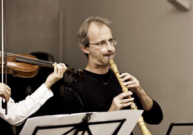 Concert brings solo oboist to Ha Noi