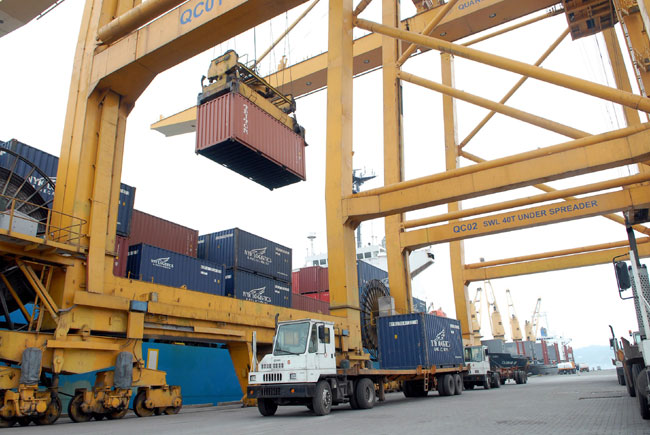 VP Bank buys Cai Lan Port stake