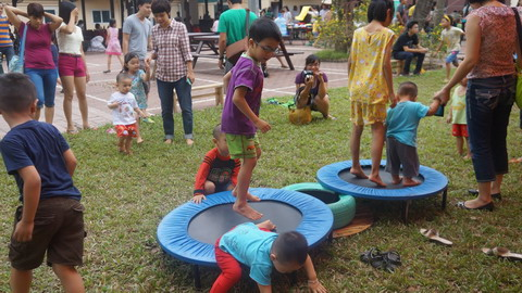 Project provides free playgrounds to Ha Noi children