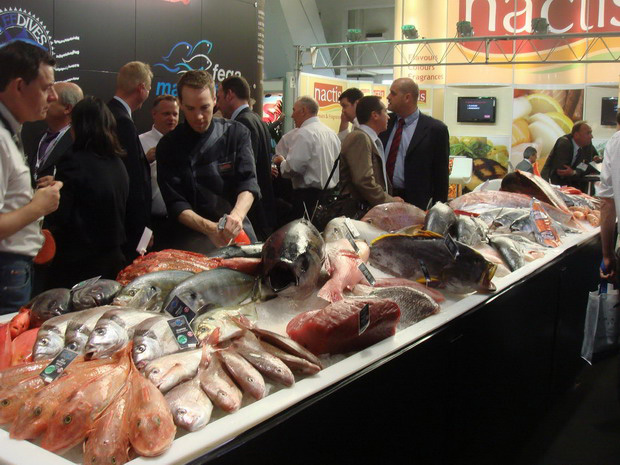 Domestic seafood firms showcase products