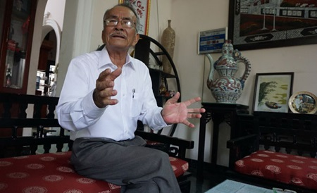 Former commando Lam Son Nao, 79, proudly recalls his participation in the secret sinking of the US aircraft carrier Card.