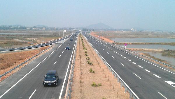 Lao Cai Yunnan to build EZ