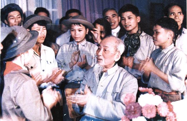 Uncle Hos revolutionary govt was unique