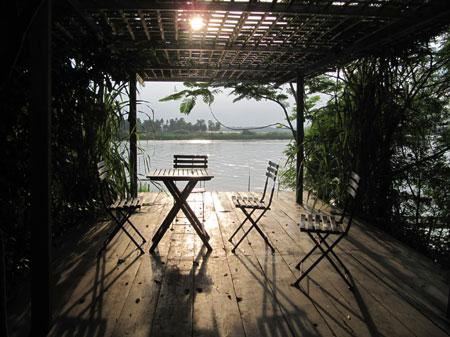 Architect uses nature to nurture village