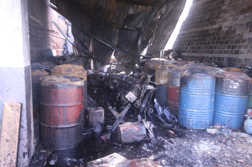 15 firefighters suffer injuries in paint store fire