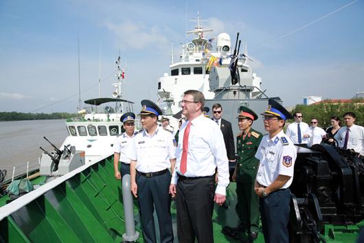 US Defense Secretary begins visit