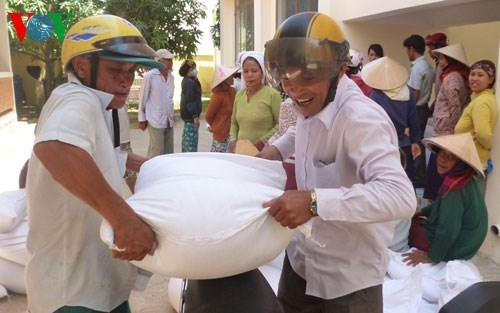 Central province receives rice aid