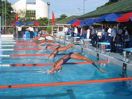HCM City squad top national finswimming event