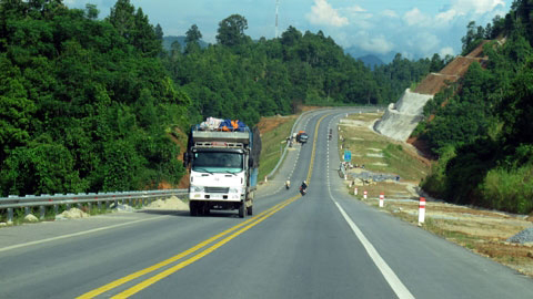 Expressway helps attract tourists