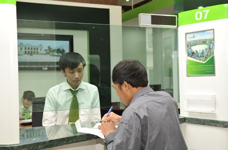 Bad debt reserves cut Vietcombank gains