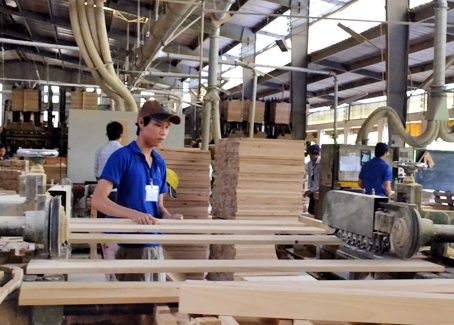 Timber industry may flounder later in year