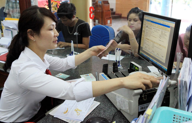 Better business enables banks to hire another 2000 workers