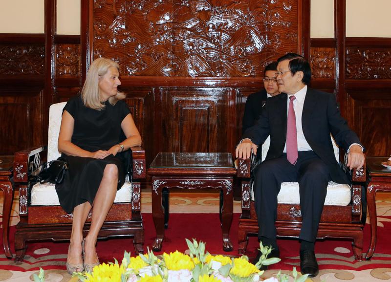 President Sang greets newly-accredited ambassadors