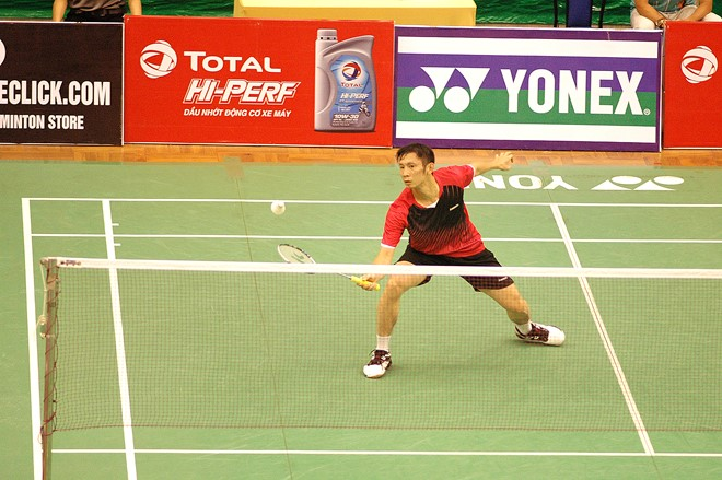 Minh goes on to third round in mens singles at Vietnam Open
