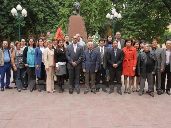 Poster contest honours ties between Viet Nam Cuba