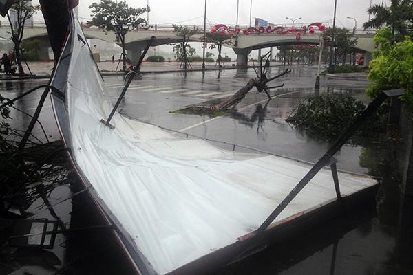 Storm Vamco weakens brings heavy rain