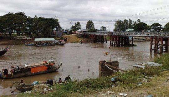 Work starts on bridge to Cambodia
