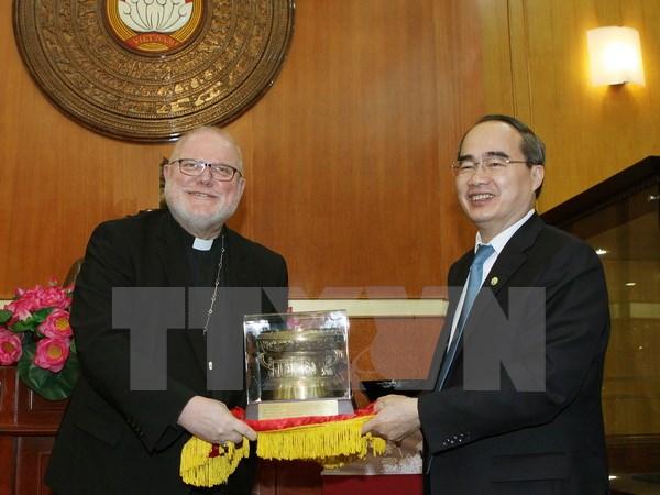 Fatherland Front leader meets German Cardinal