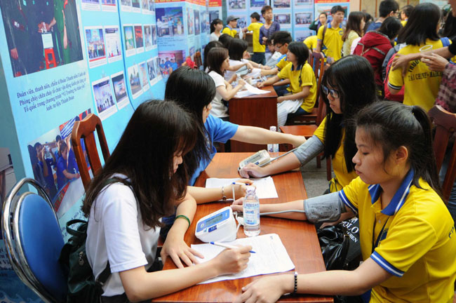 Deputy PM urges Viet Nam to register to donate blood