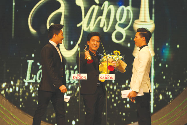 Mai Vang Awards honours talented artists